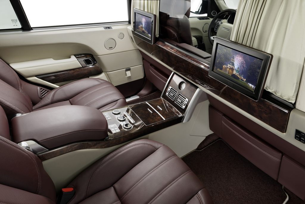Межсалонная перегородка в Range Rover