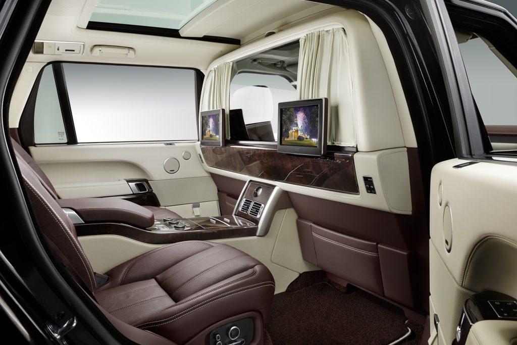 межсалонная перегородка в Range Rover. Фото 4