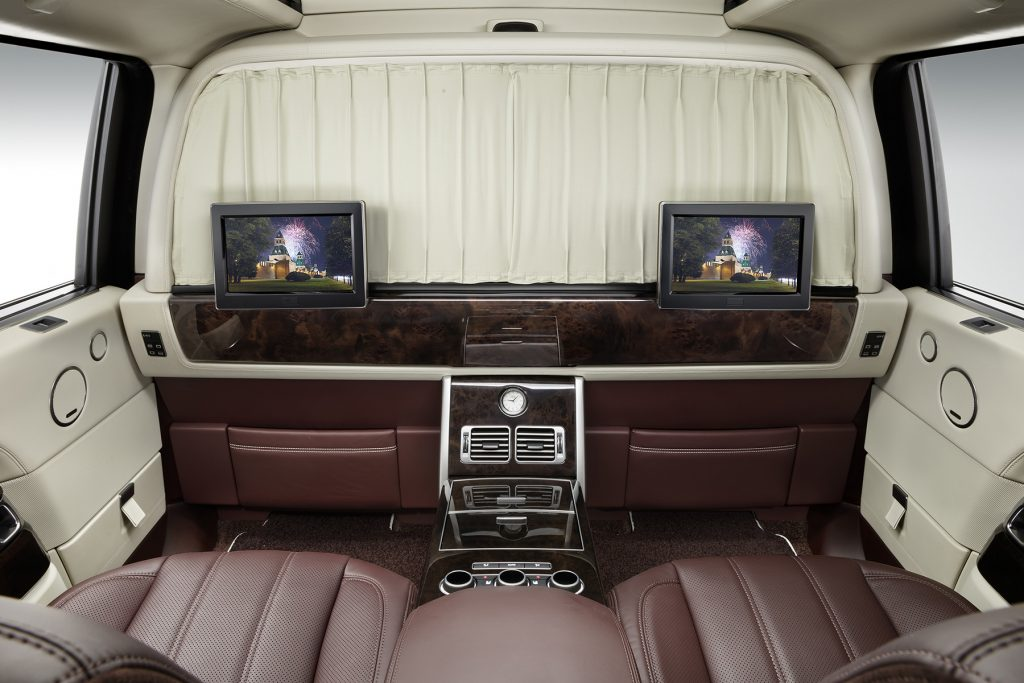 межсалонная перегородка в Range Rover. Фото 1