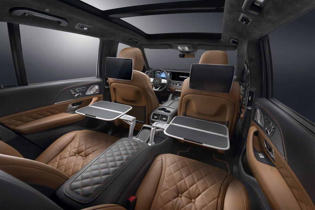 Тюнинг салона Mercedes-Benz GLS Maybach в Москве. Фото 2
